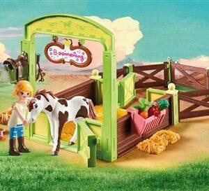 Horse Box Abigail & Boomerang